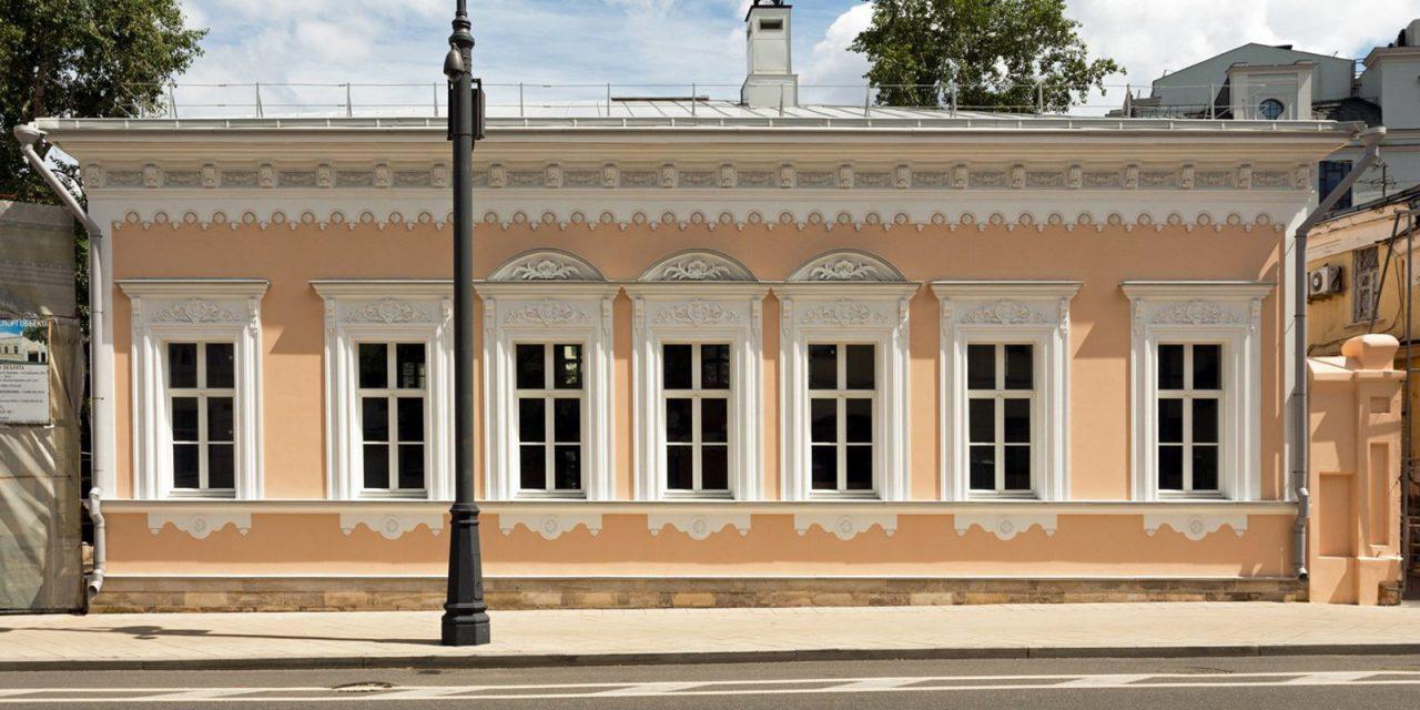 Реставрацию флигеля городской усадьбы планируется завершить до конца года