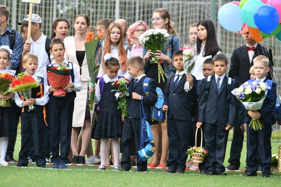 Мэр Москвы Сергей Собянин поздравил школьников с Днем Знаний