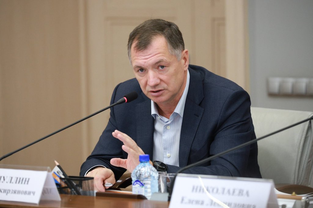 Марат Хуснуллин предложил депутатам Мосгордумы спуститься в шахту строящегося метро