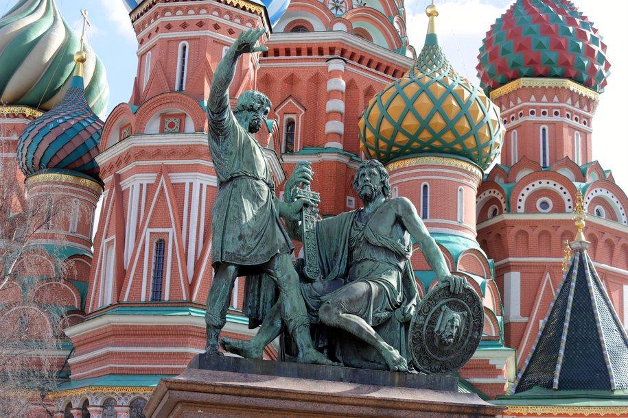 Памятник Минину и Пожарскому могут начать реставрировать в мае 2020 года
