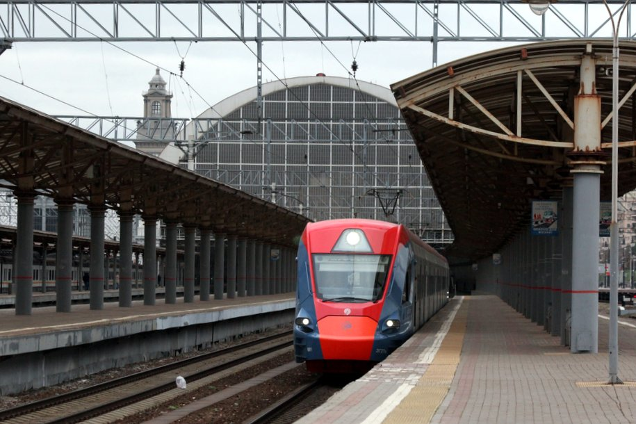 Нагрузка на станциях метро «Киевская» снизится на 5-7% после обустройства площади Киевского вокзала