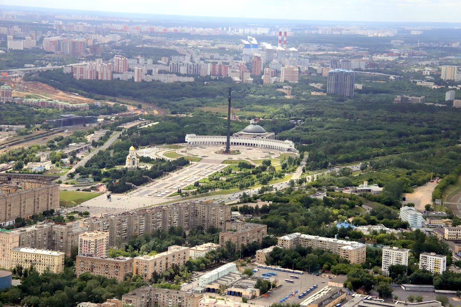 Сергей Собянин осмотрел ход благоустройства «Парка Победы»