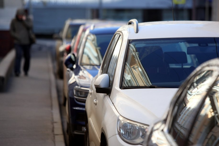 У четырех городских больниц  благоустроили новые парковки