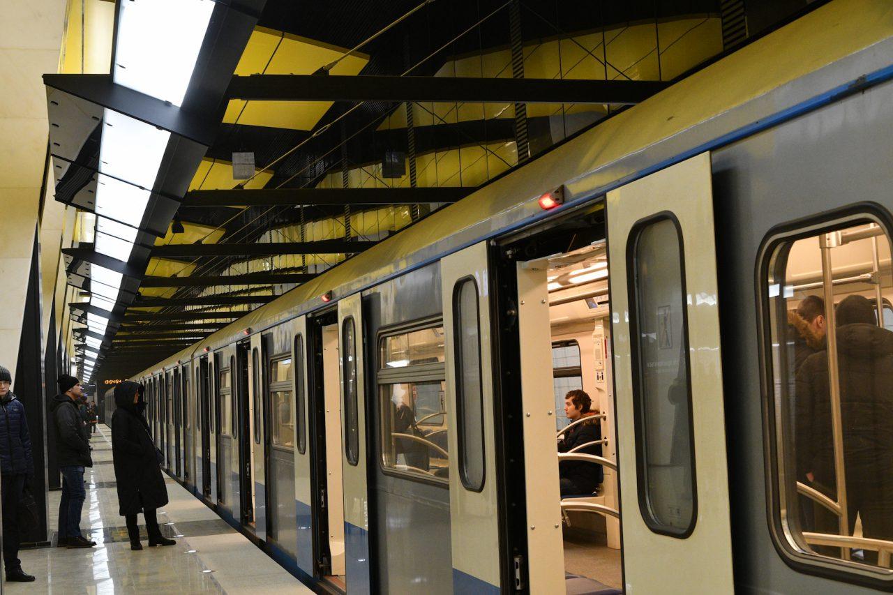 Более 90% опрошенных пассажиров столичной подземки поддержали проект «Аромат в метро»