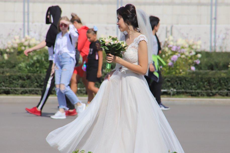 На новых площадках для регистрации брака поженились более пяти тысяч пар