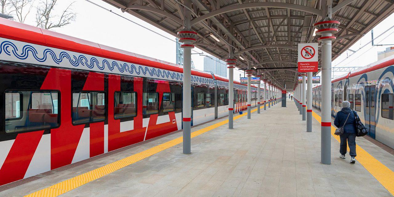 Почти 300 дополнительных элементов навигации установят на трех столичных вокзалах к запуску МЦД