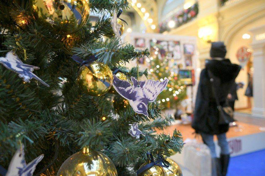 Новогодние украшения появятся в метро и на МЦК