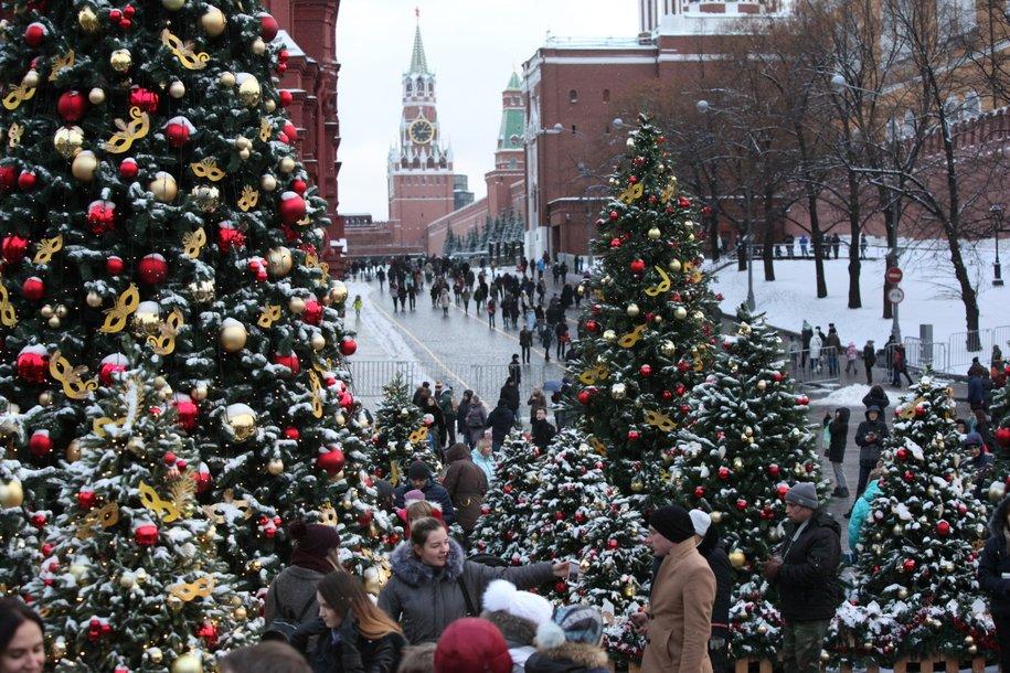 Московский Кремль и Мавзолей Ленина будут закрыты для посетителей 25 декабря
