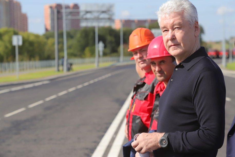 Сергей Собянин открыл движение по участку автодороги Марьино — Саларьево в ТиНАО