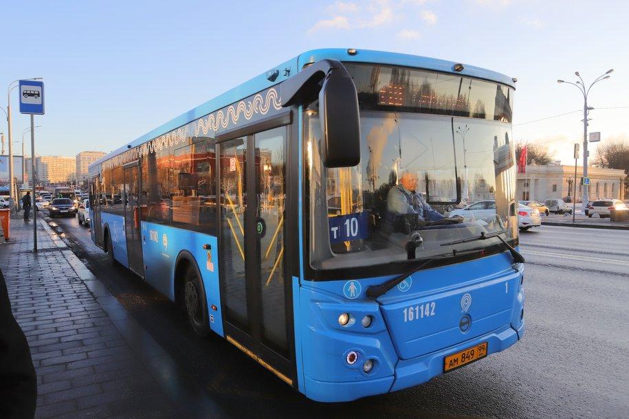 Бесплатный автобус будет курсировать в новогодние праздники в районе «Лужников»