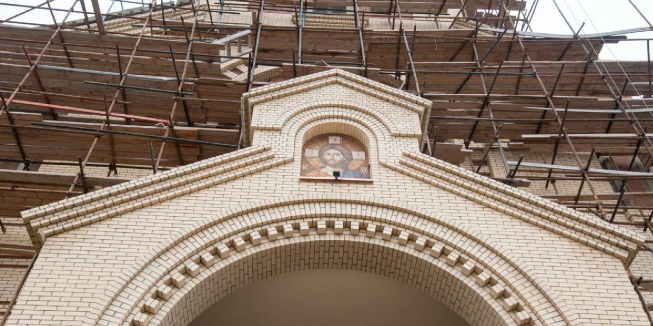 На севере столицы продолжается строительство храмового комплекса в честь святителя Спиридона, епископа Тримифунтского