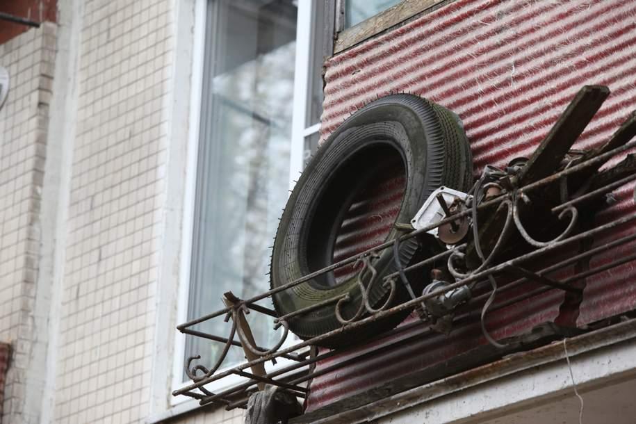 Столичные коммунальщики собрали и отправили на переработку боле 30 тонн покрышек