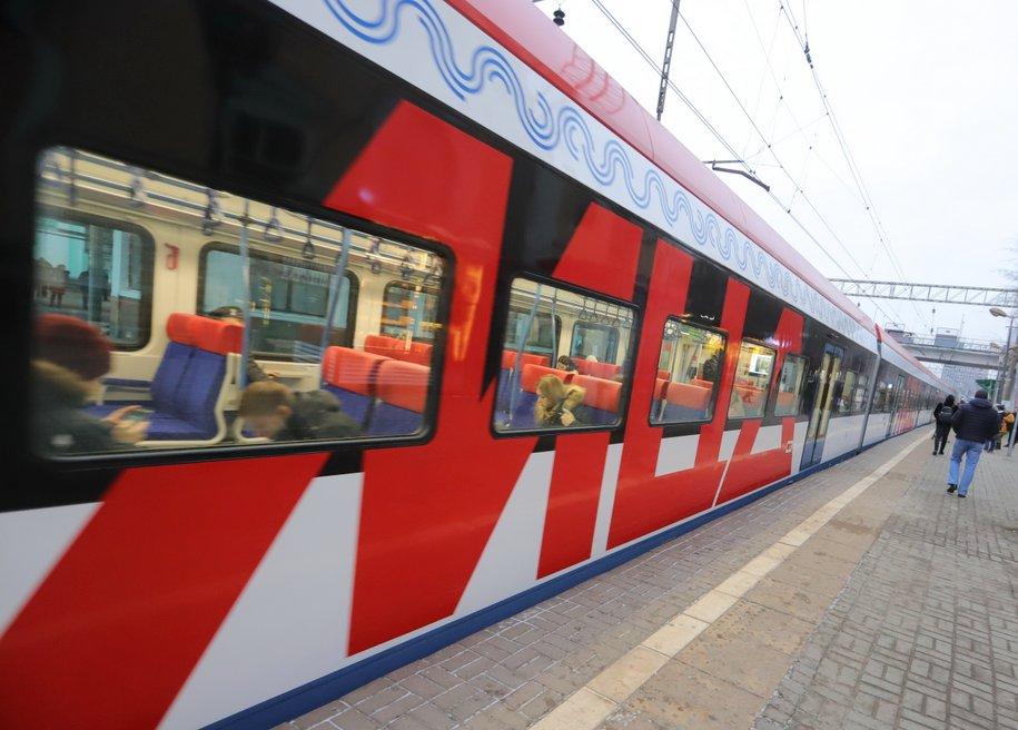 Строительство станции МЦД-1 «Славянский бульвар» планируют завершить в июне