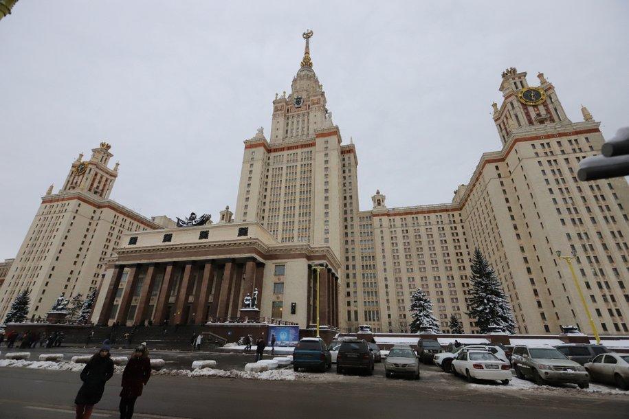 Алексей Шапошников поздравил столичных студентов с Татьяниным днем