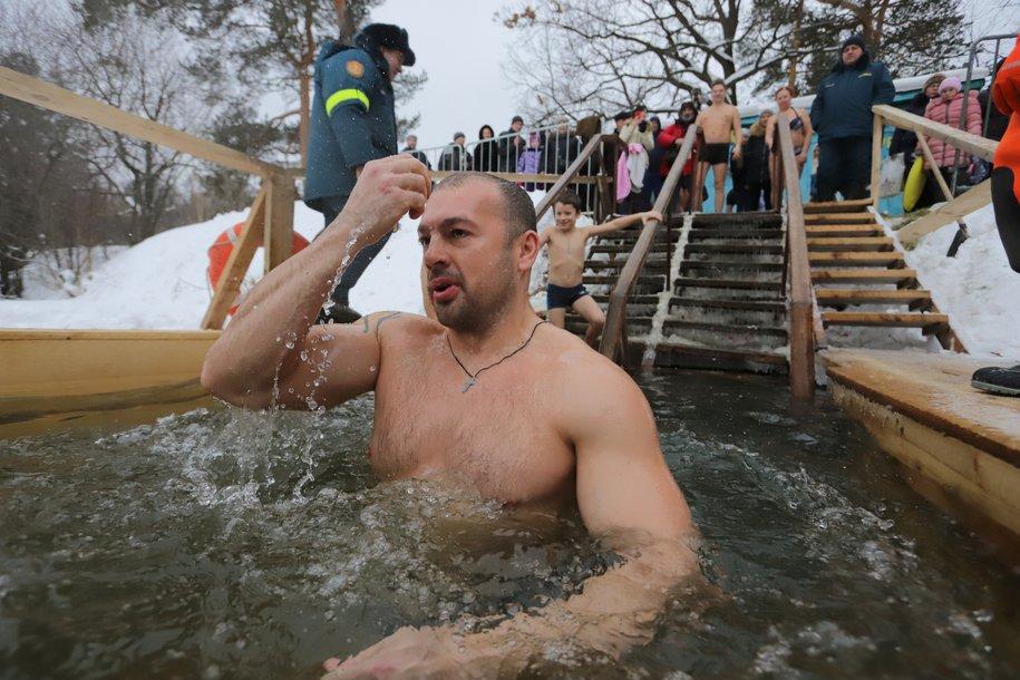 В Москве будут открыты 46 мест для крещенских купаний
