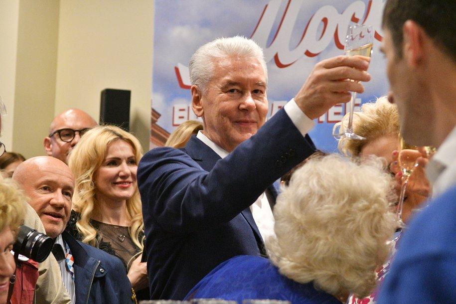 Сергей Собянин поздравил Константина Хабенского с Днём рождения
