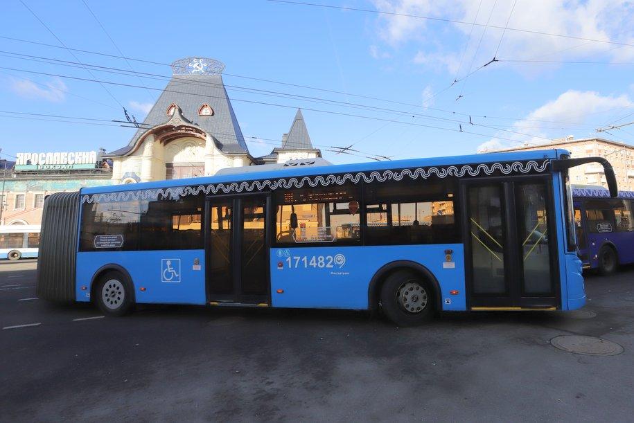 Электробусы заменили автобусы на маршруте № 810