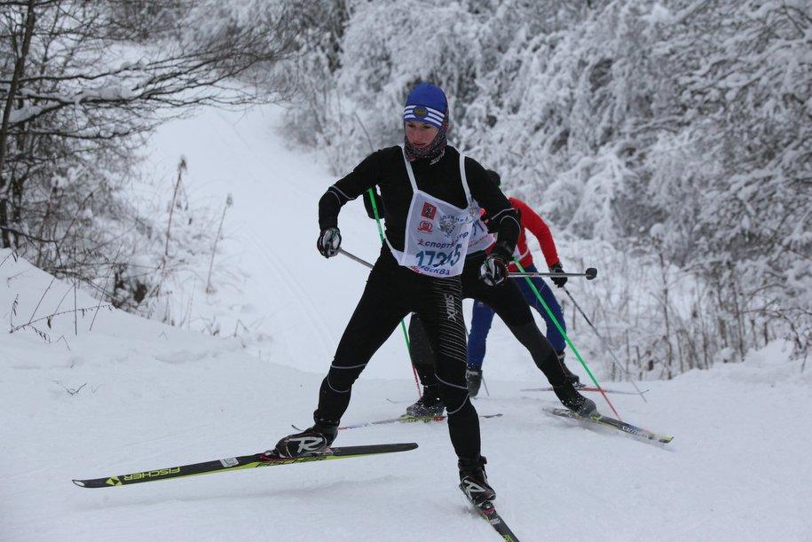 Более 30 бесплатных лыжных трасс открыто в столичных парках