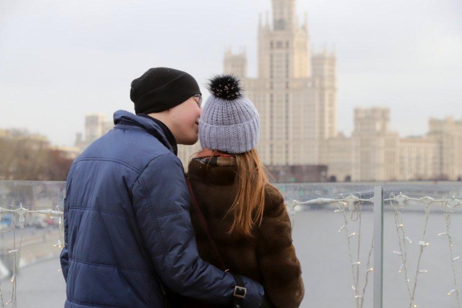 Медиафасад Останкинской телебашни украсят в День святого Валентина
