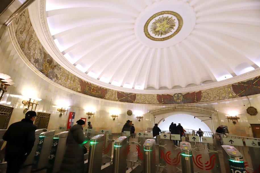 Первоначальную систему освещения воссоздадут на станции метро «Смоленская» Арбатско-Покровской линии