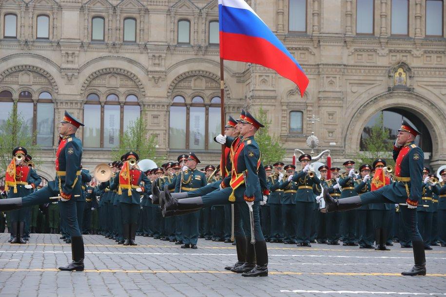 Сергей Собянин поздравил военнослужащих с Днем защитника Отечества