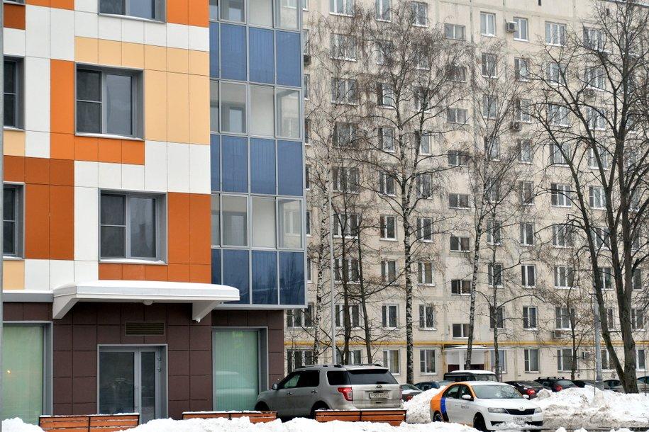 Сергей Собянин осмотрел ход строительства дома по программе реновации