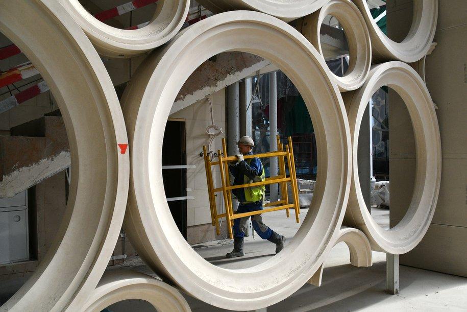 До конца года в «Лужниках» достроят три крупных объекта