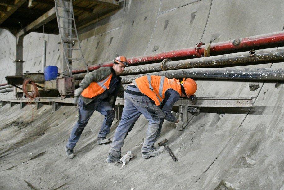В строительстве мосметро задействованы около 25 тысяч человек
