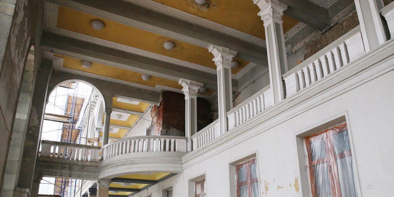Реставрацию звезды со шпиля на Северном речном вокзале завершат весной