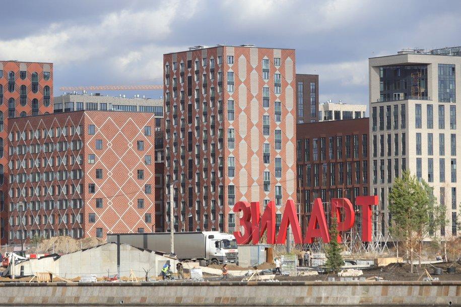 С начала года в Москве построили 12 крупных коммерческих объектов