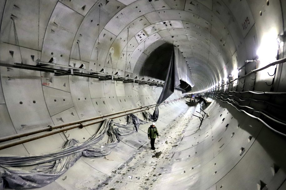 Около 90 километров рельсов заменят в метро в этом году