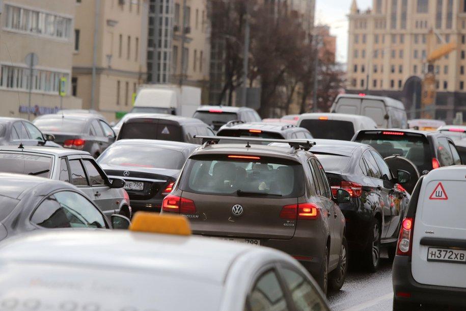 Парковка в столице будет бесплатной 8 и 9 марта