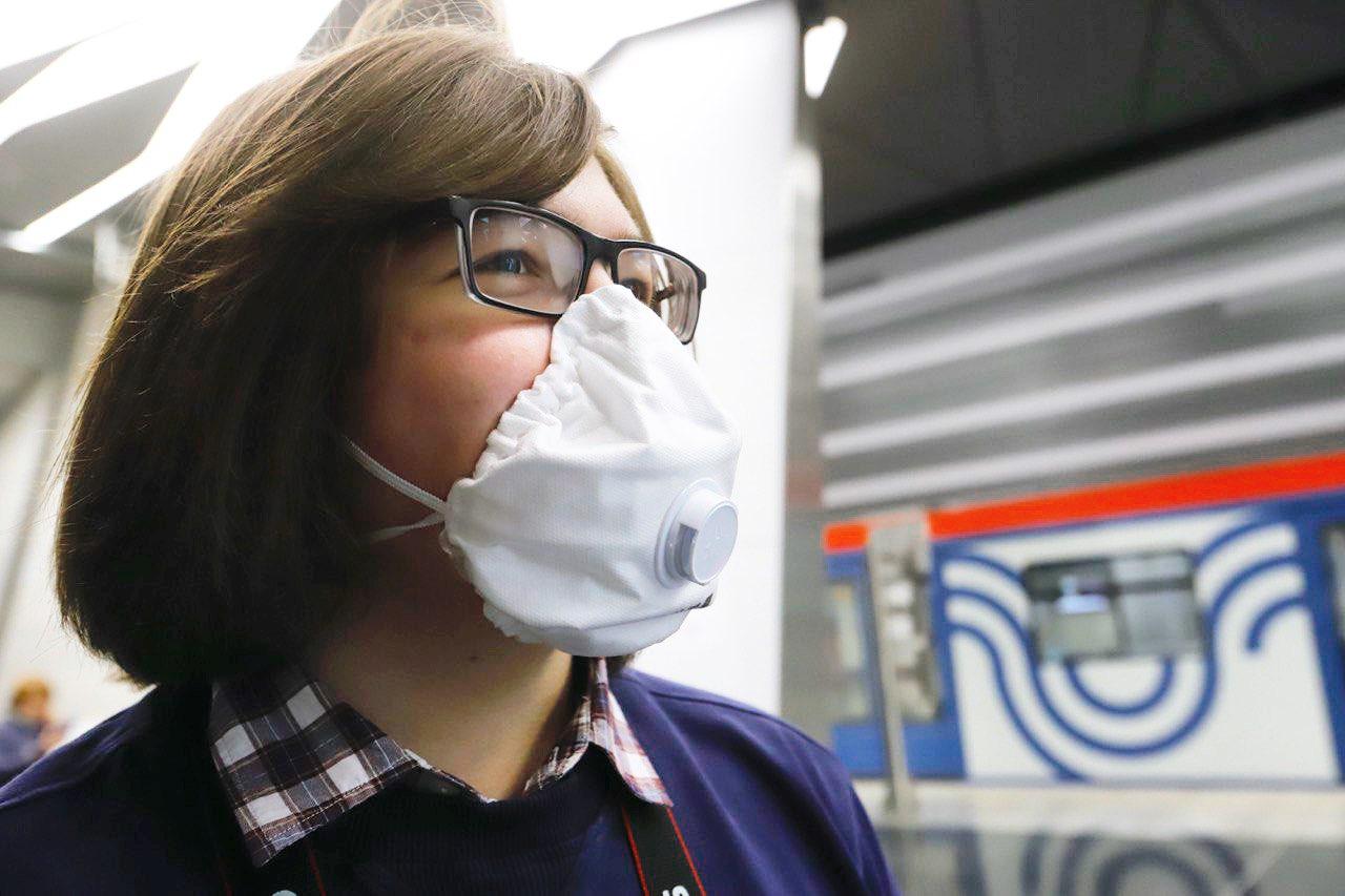 Правительство ограничило продажу медицинских масок, перчаток и респираторов