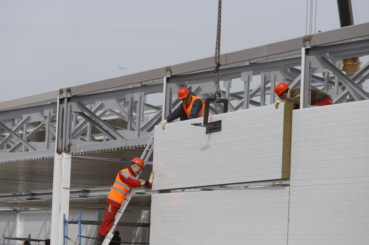 При строительстве инфекционного центра использовано более 3 тысяч тонн металлоконструкций