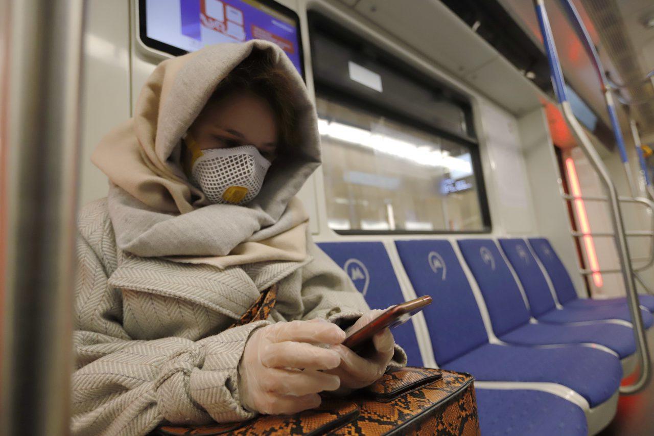 43 человека с температурой были выявлены в столичном метро 3 апреля