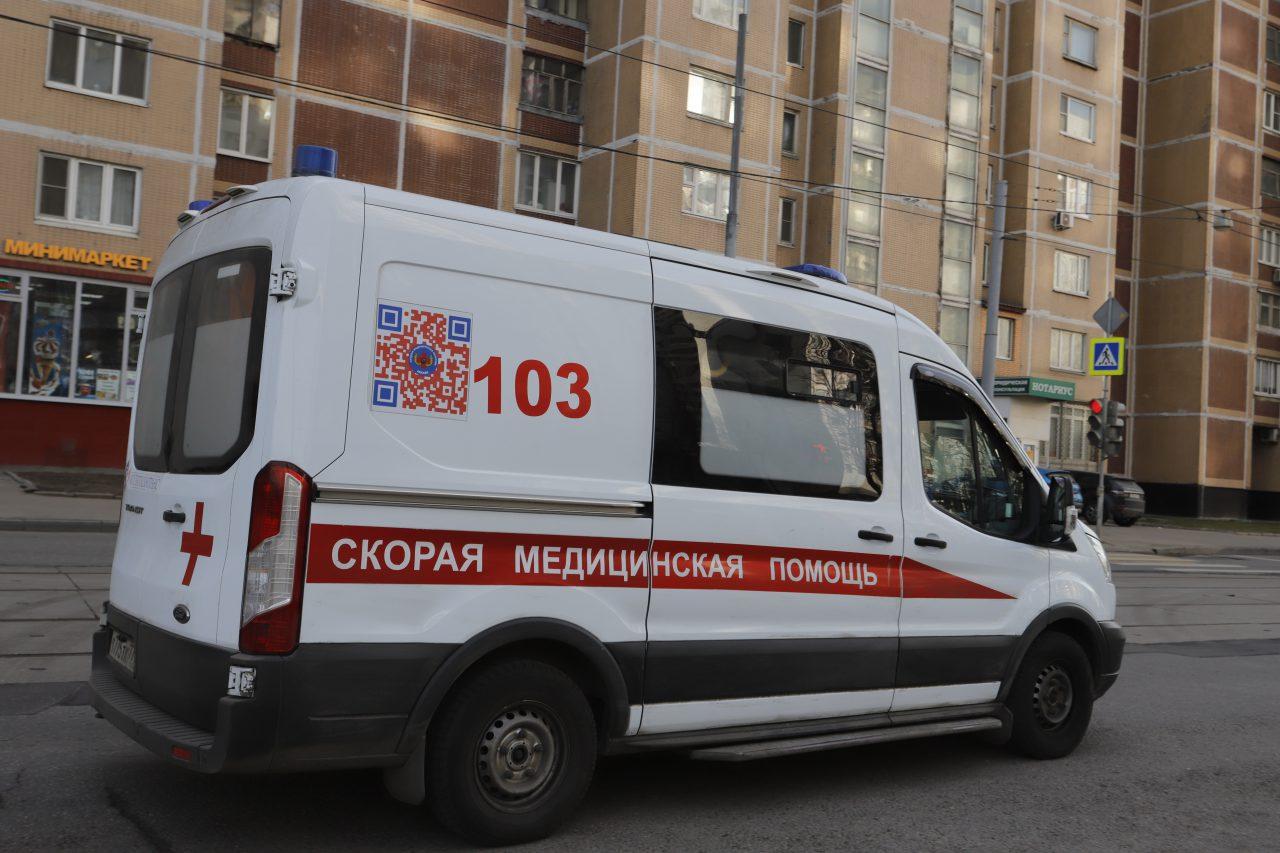 Медики в Москве еженедельно сдают более 3 тыс. анализов на коронавирус