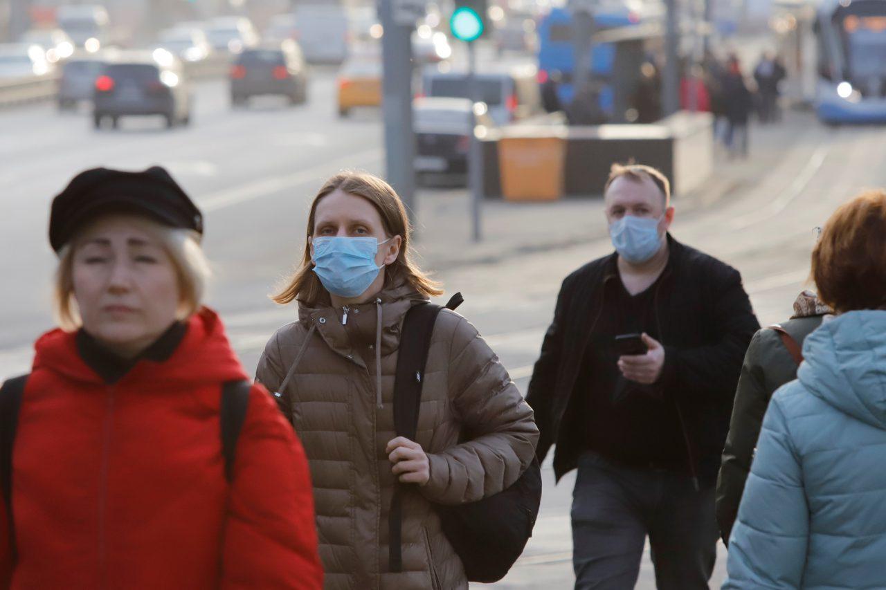 Режим самоизоляции соблюдают 90% москвичей старше 65 лет