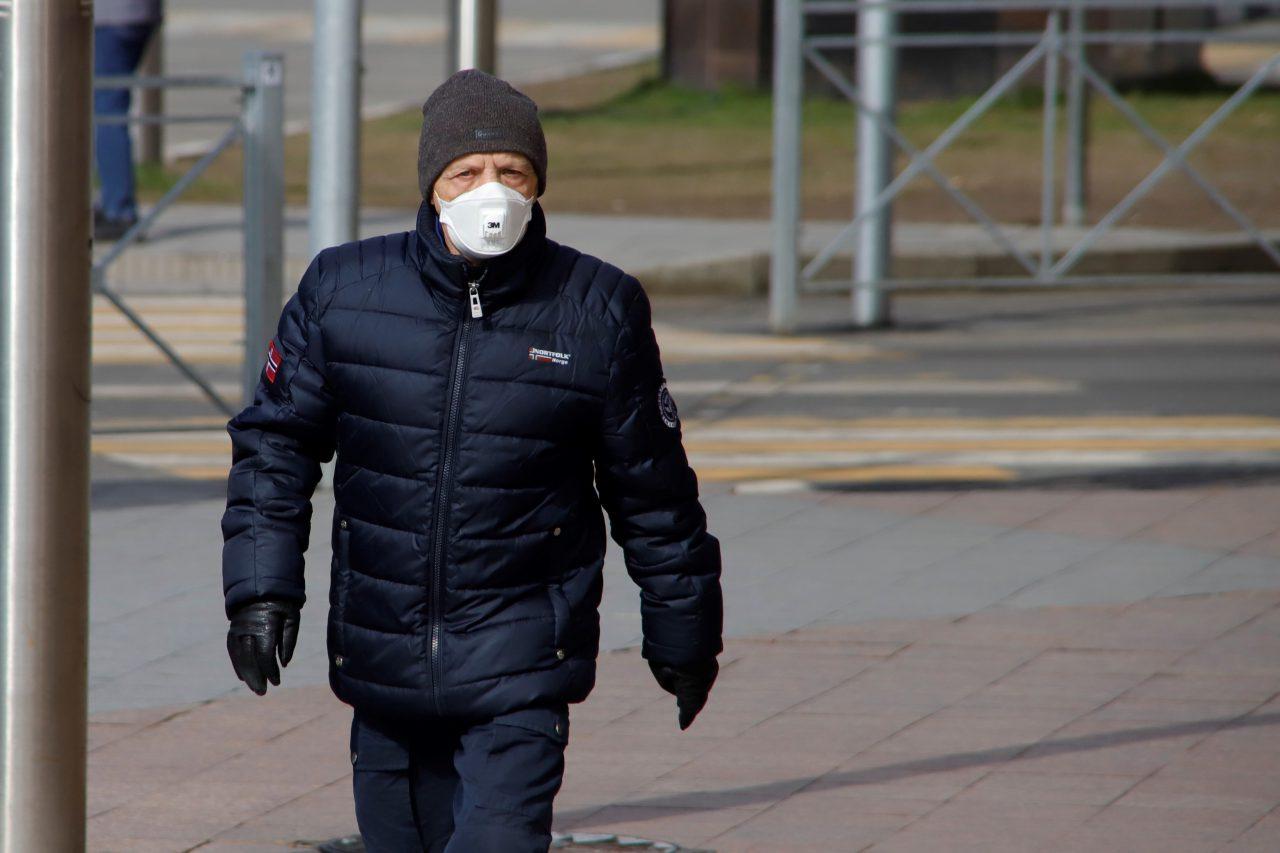 Москвичей предупредили о штормовом ветре