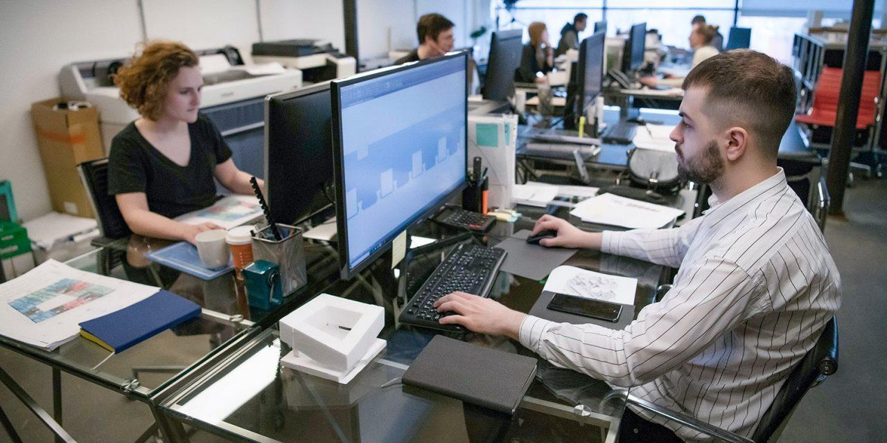 Правительство Москвы разрабатывает план по снятию ограничений на работу столичных предприятий