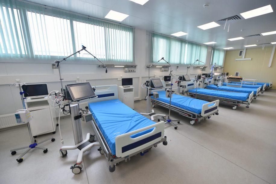 Почти 230 человек лечатся в инфекционной больнице в Вороновском