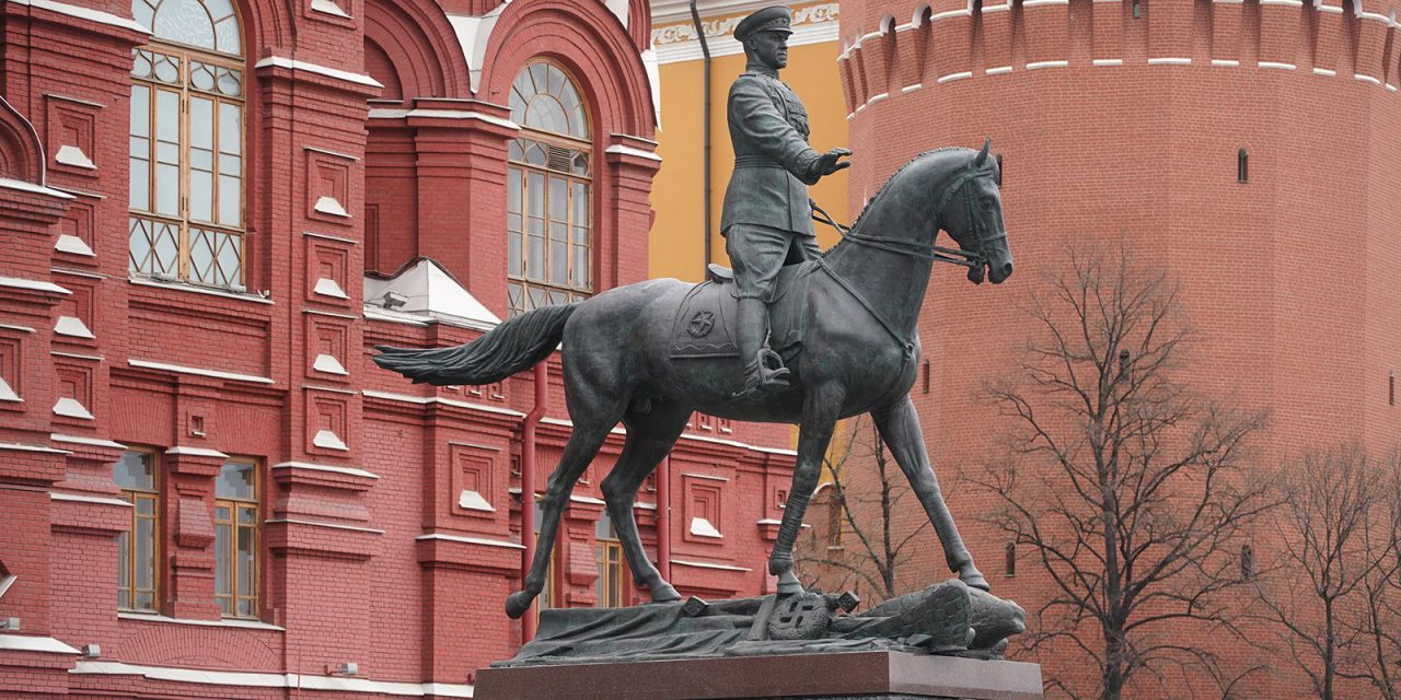 Реставрация памятника Георгию Жукову полностью завершена