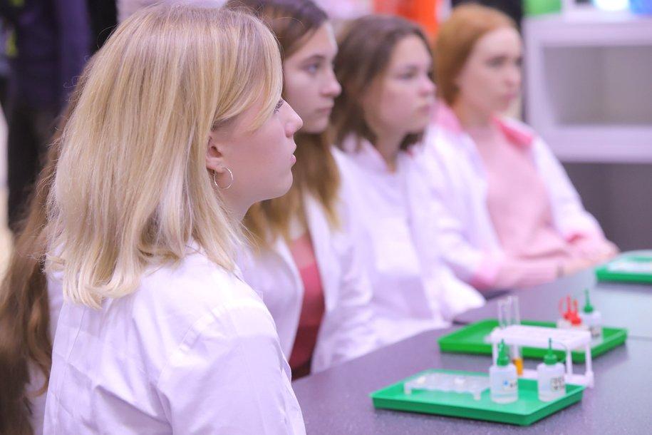 В Москве студенты получат до 175 тысяч рублей за практику в коронавирусных центрах
