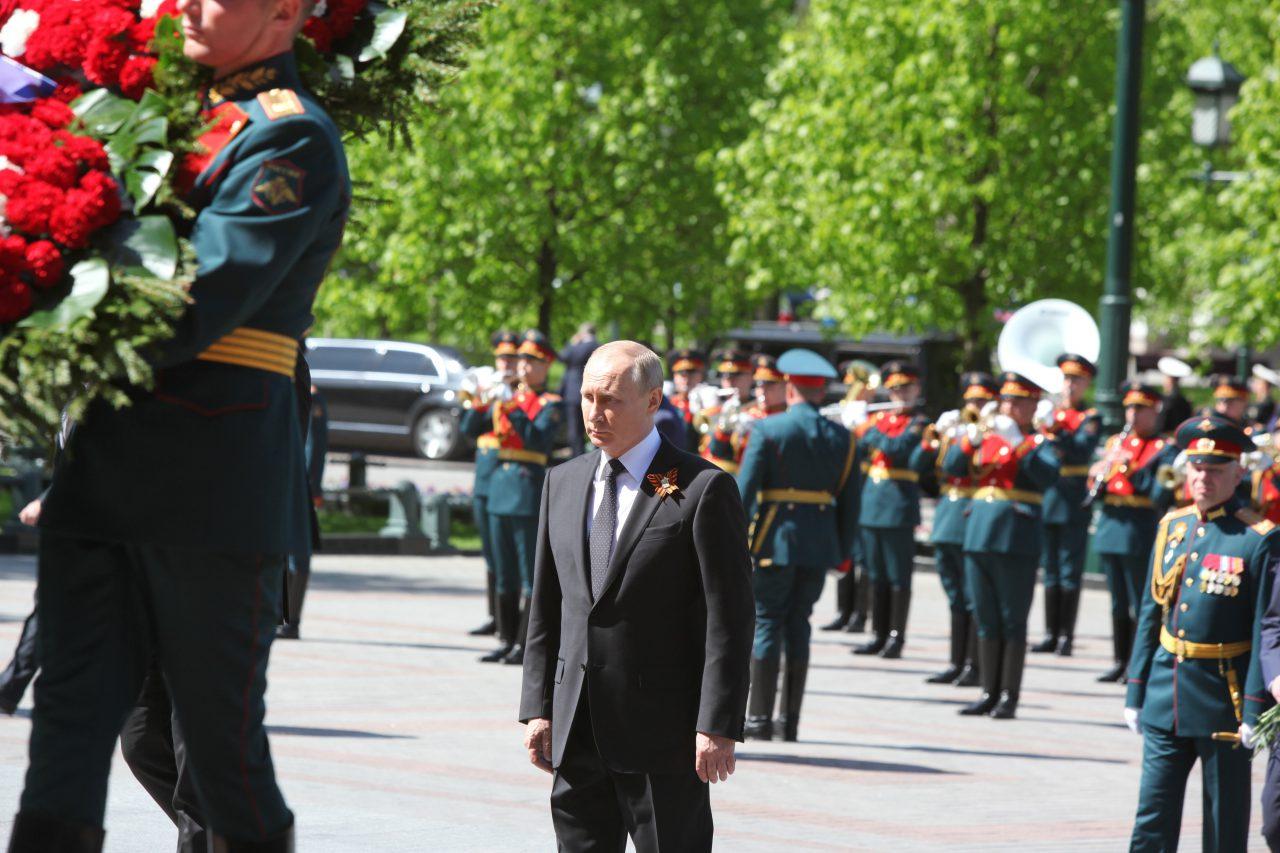 Путин в День Победы возложит цветы к Вечному огню и обратится к россиянам