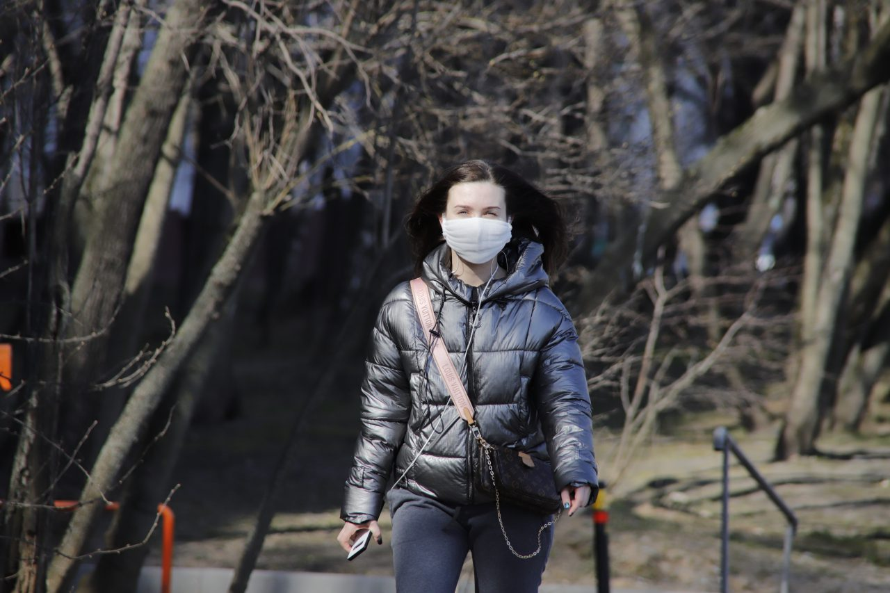 Москвичи стали меньше нарушать режим самоизоляции