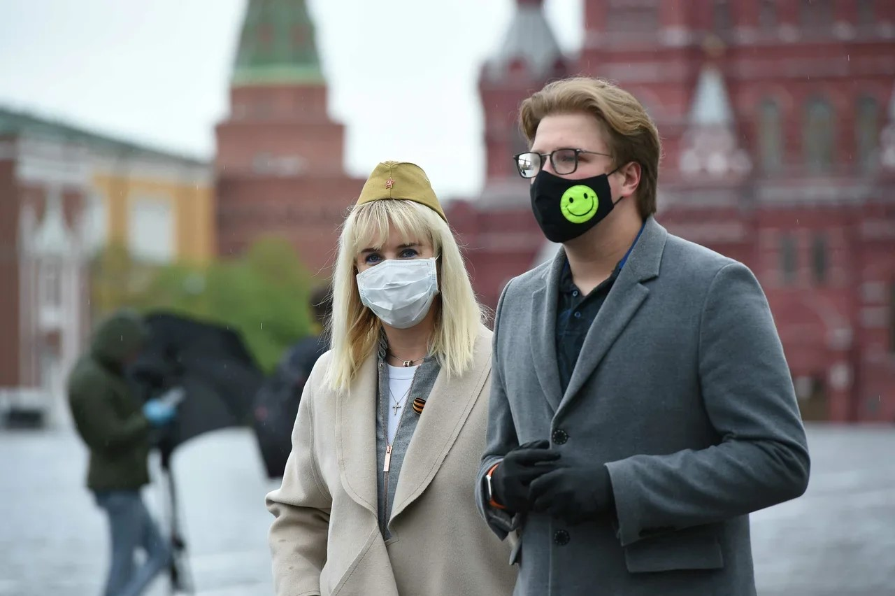 В Москве начал действовать масочный режим