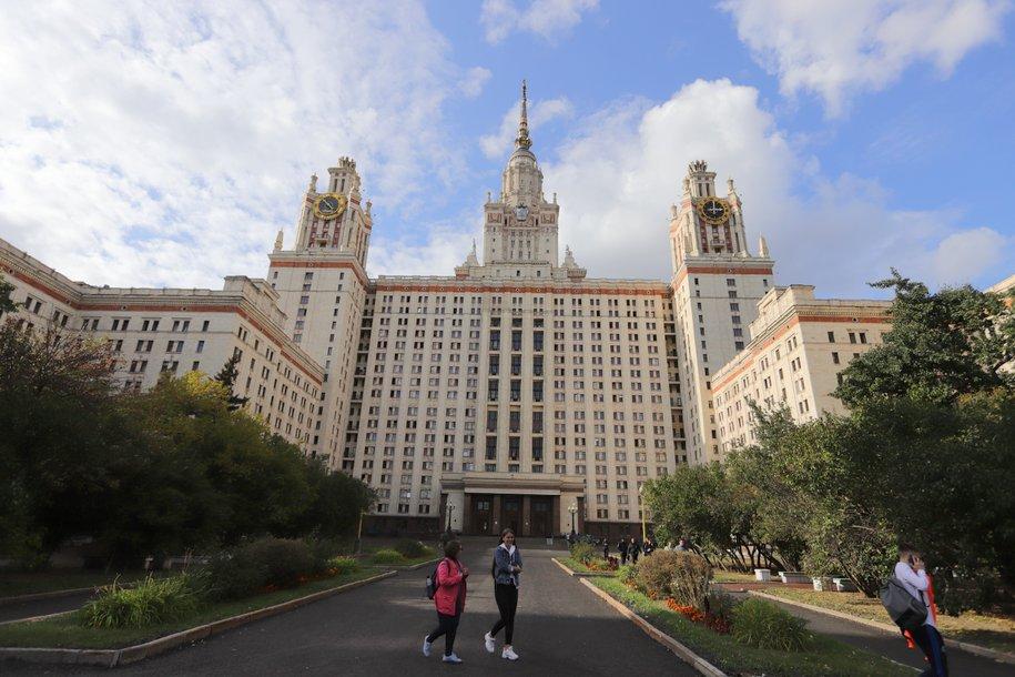 Мишустин подписал постановление о распределении более чем 11,4 тыс. дополнительных бюджетных мест в вузах