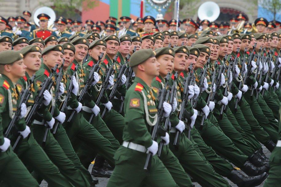 Временную разметку для Парада Победы нанесли на Манежной площади