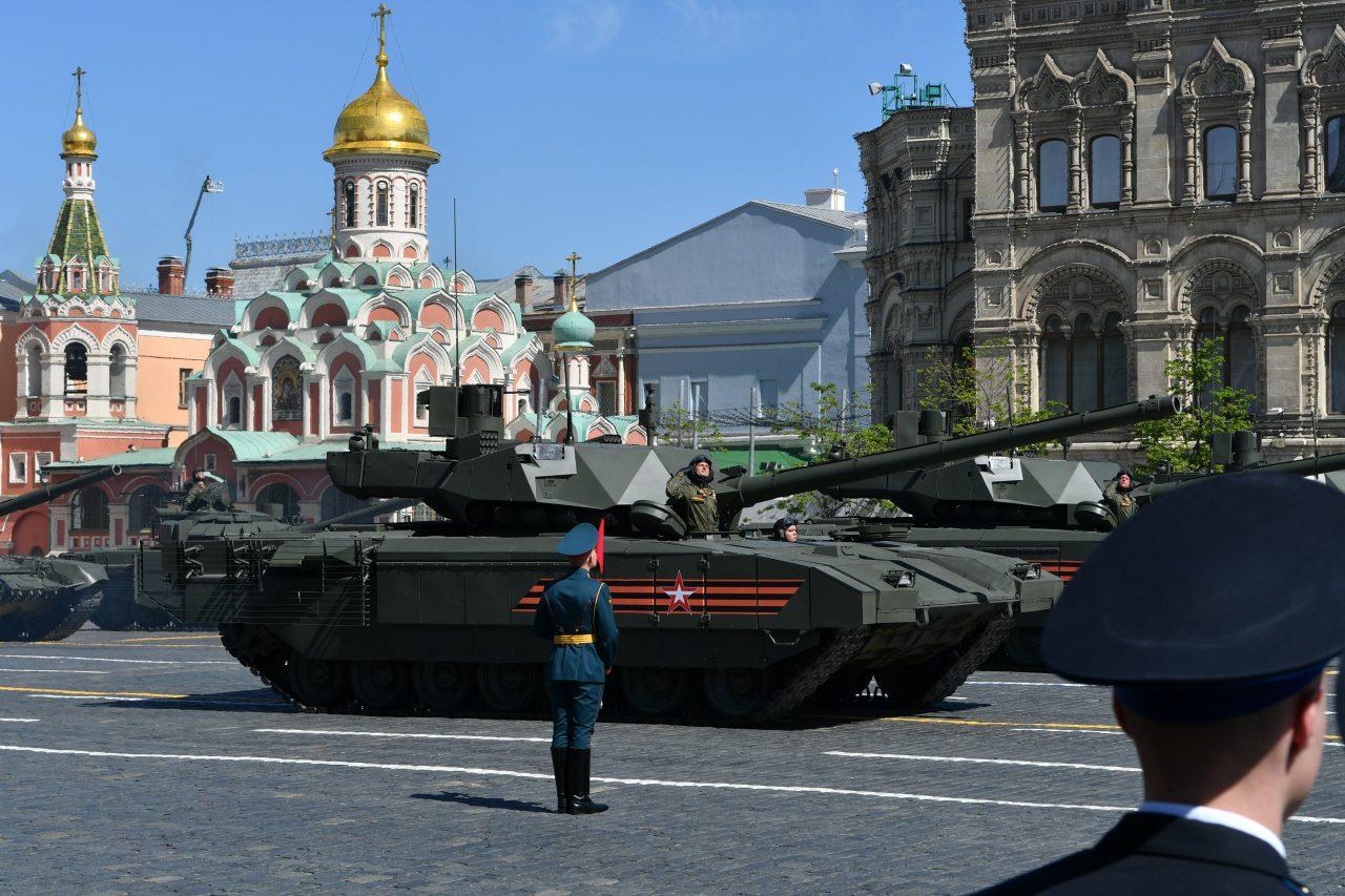 Движение на нескольких улицах Москвы перекроют 13-14 и 24 июня из-за прибытия и убытия военной техники