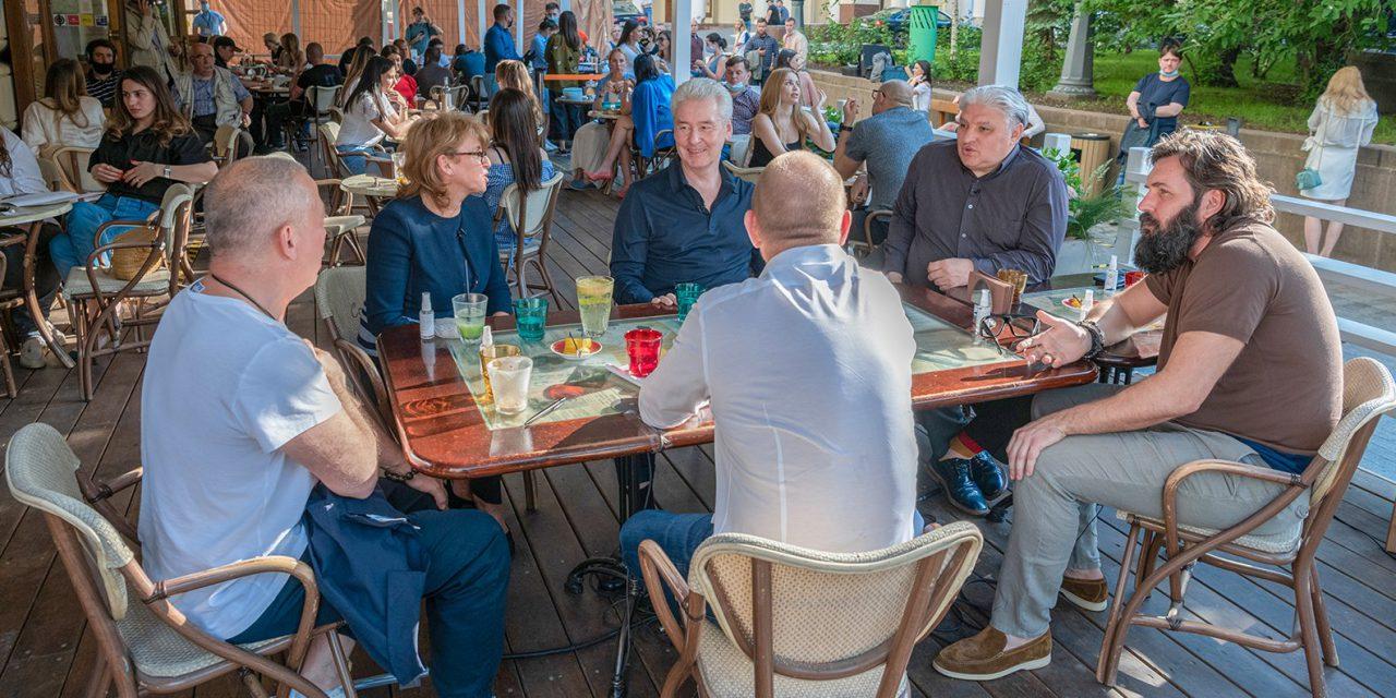 Ресторанный бизнес в Москве заработал на 65% после снятия ограничений из-за пандемии
