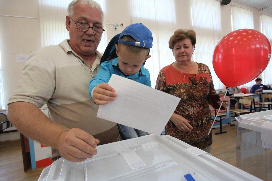 За поправки в Конституцию проголосовали 65% москвичей